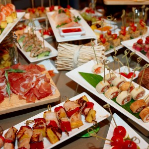 Large Buffet with Appetizers