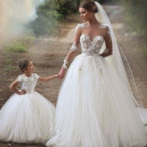 27 Wedding dresses, a great movie for a hen weekend
