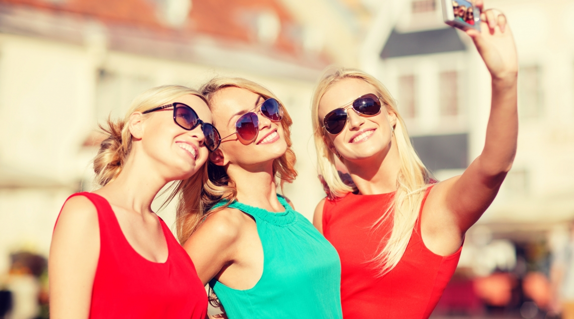 Top reasons why you should have a hen weekend!